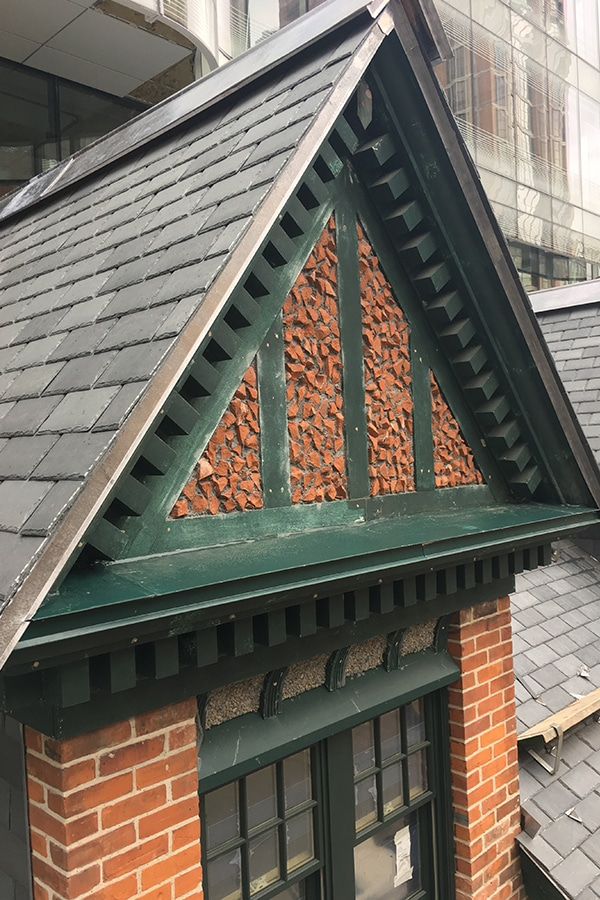 Roof Archway Exterior carpentry proccess for Restoring 7 St Thomas Street